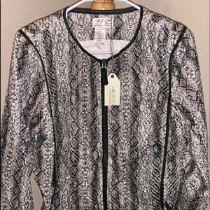 Women's Jacket .  Size Medium.  NWT